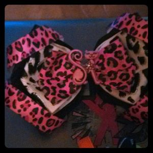 Other - Handmade hairbows!! Price listed not actual price!